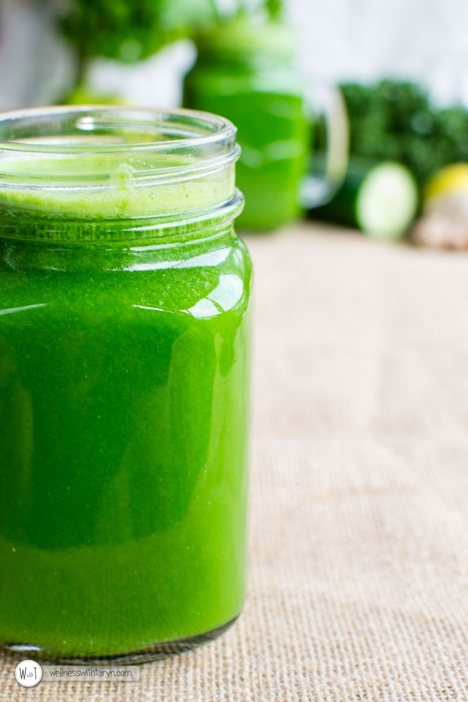 Detoxifying Green Juice (9 of 26)